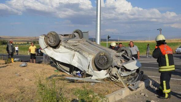 Kayseride iki otomobil çarpıştı: 4 yaralı