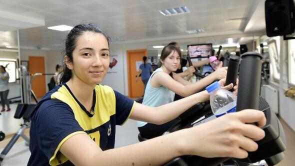 Mamak'ta kadınlar güne sporla başlıyorlar