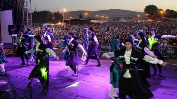 Uluslararası Uzunyayla Çerkes Kültür Festivali yapıldı