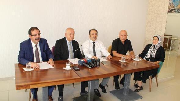 Elazığda, İYİ Parti kurucusu, YİK üyesi ve 3 yönetici partilerinden istifa etti