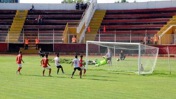 Van BŞB. - Sarıkamış Gençlerbirliği Spor: 2-0