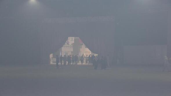 Kebap dumanı konseri iptal ettirdi