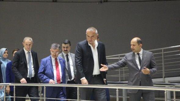 Bakan Ersoy: Dörtlü sinerjiyle yeni turizm hareketliliği olacak