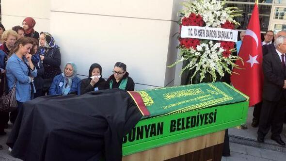 83 yaşında hayatını kaybeden avukat Turan içintören