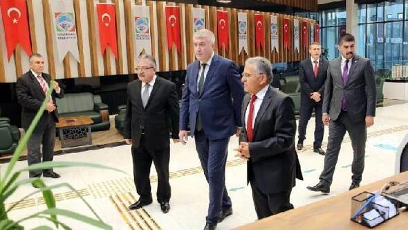 MHP İl Başkanı Toktan, Melikgazi Belediyesine ziyaret