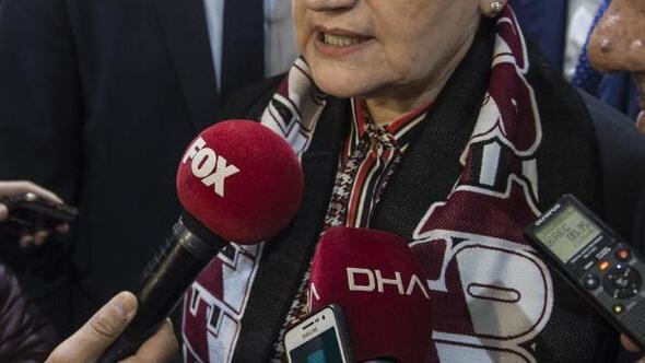 (Geniş haber) Meral Akşener gazetecilerin sorularını yanıtladı