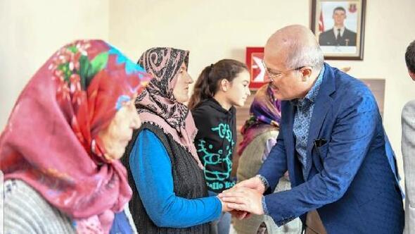 Başkan Kafaoğlu şehit ailesine taziye ziyaretinde bulundu