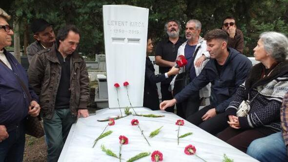 Levent Kırca mezarı başında anıldı