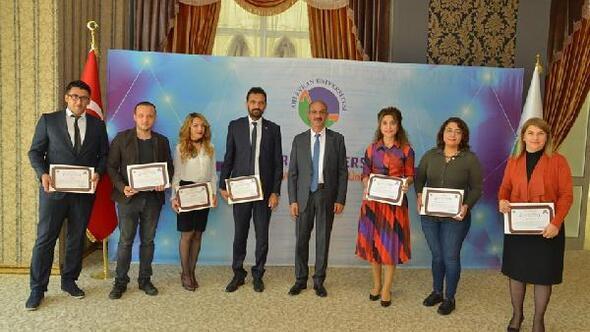 Ahi Evran Üniversitesi'nde TSE belgesine katkı verenler ödüllendirildi
