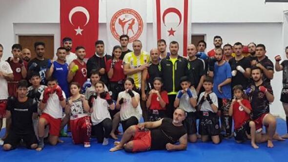 Antalyalı antrenörden KKTCde muaythai eğitimi