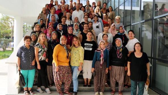 Kadın üreticiler, Başkan Tarhanı ziyaret etti