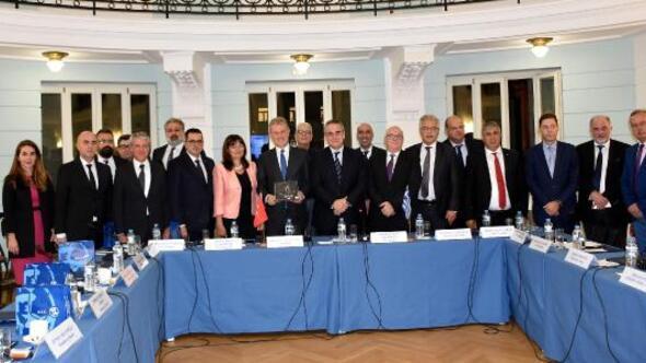 İZTOnun yeni yönetiminden ilk yurtdışı ziyaret Yunanistana