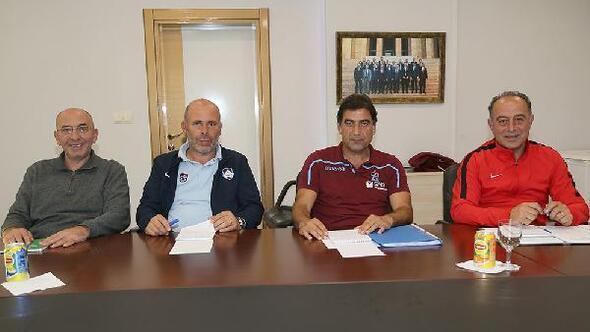 Trabzonsporda gelecek planlamasına yönelik toplantı yapıldı