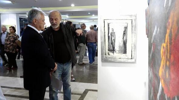 45 ressam Ekim Günleri sergisini açtı