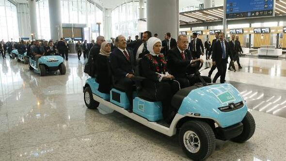 /fotoğraflarla// Cumhurbaşkanı Erdoğan tarihi açılışı için tören alanında