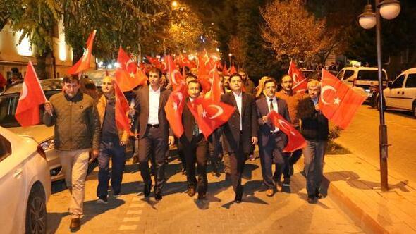 Bayramiçte Cumhuriyet yürüyüşü düzenlendi