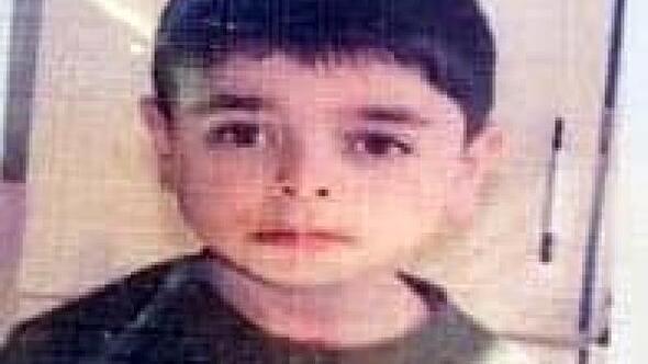 Kanalizasyon çukuruna düşen Suriyeli çocuk, hayatını kaybetti