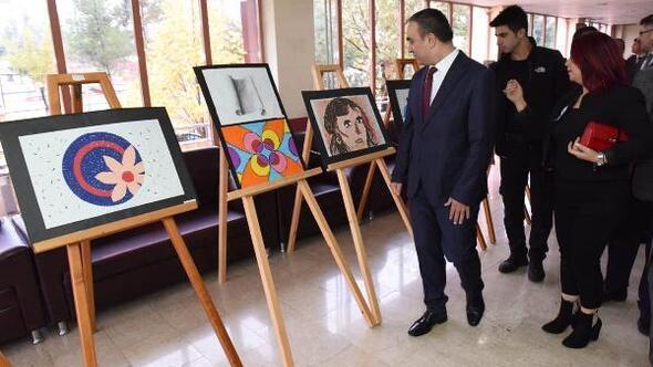Kilis'te, öğretmenler için resim sergisi