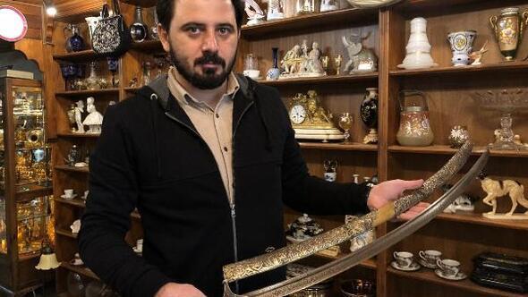 Dedesinin köstekli saati ilgisini çekti, antikacı oldu