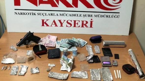 Kayseride uyuşturucu ticaretine 6 gözaltı