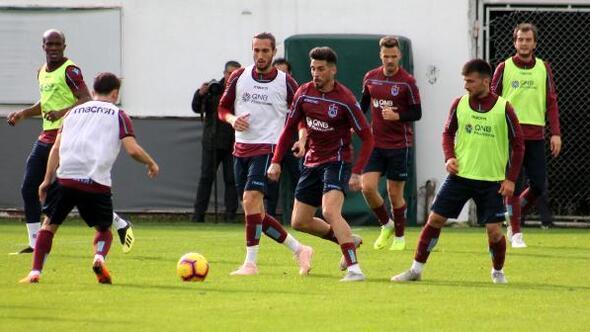 Trabzonspor antrenmanında Karamandan öne oynayın vurgusu