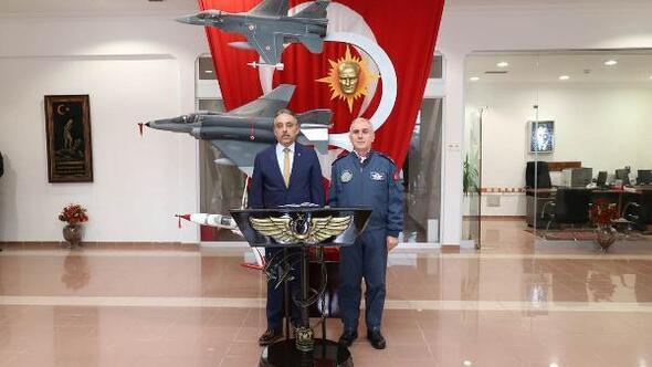 Konya Valisi, Türk Yıldızları ve SOLOTÜRK'ü ziyaret etti
