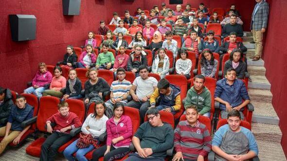 Özel öğrencilerin sinema keyfi