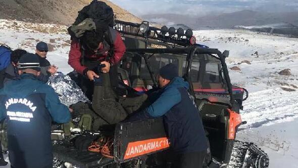 Erciyese tırmanırken yaralanan 2 dağcı kurtarıldı