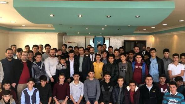 Türkiye Gençlik Vakfından Lise kampı