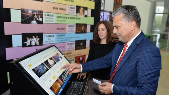 Başkan Uysal, konser biletlerini aldı