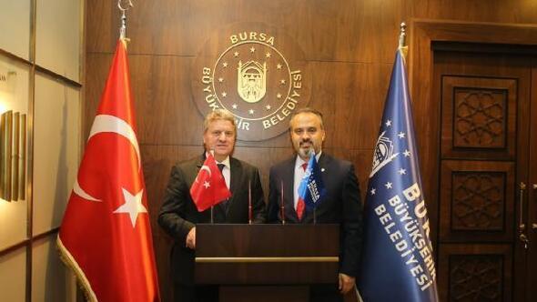 Cumhurbaşkanı Ivanov, Bursa'da çocukluğunu hatırladı