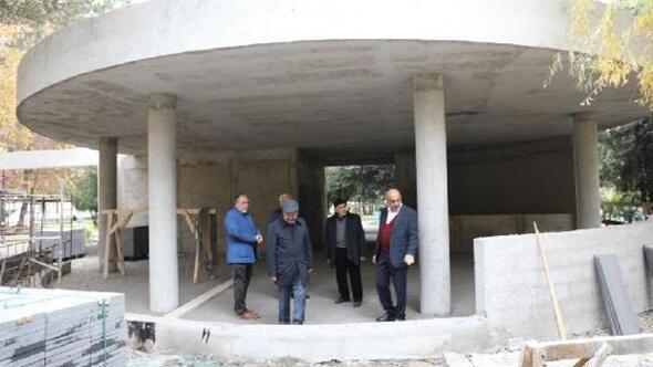 Kocasinan Başkanı Çolakbayrakdar, Erciyesevler parkında inceleme yaptı