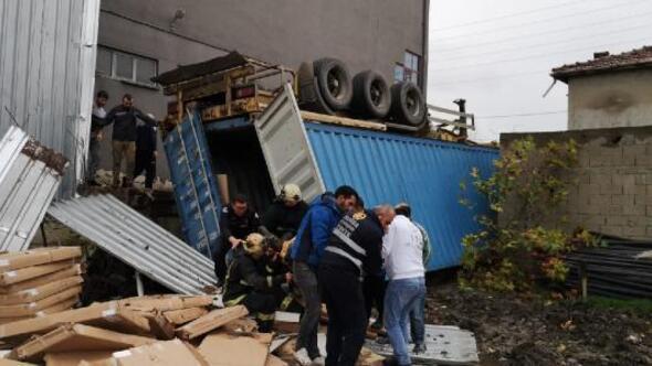 Mobilya fabrikasında konteyner faciası: 2 ölü, 1 ağır yaralı (2)- Yeniden