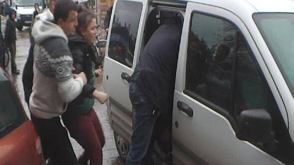 Evden kaçan liseli kızlar polise zor anlar yaşattı