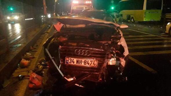 Karşı şeride geçen otomobil halk otobüsü ile çarpıştı: 1 ölü