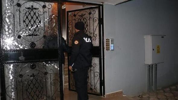Ceyhanda tefeci operasyonu: Muhtar, imam, okul müdürü gözaltında