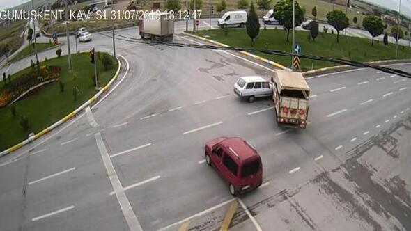 Afyonkarahisardaki trafik kazaları mobese kameralarında