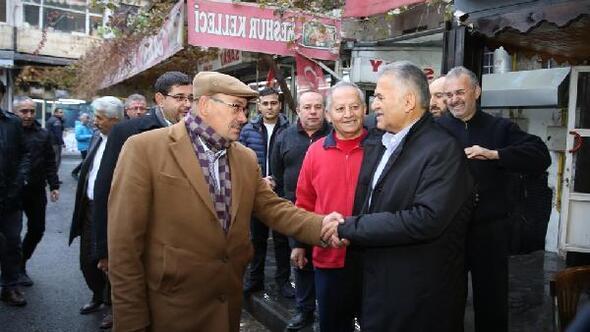 Başkan Büyükkılıç CamiKebir esnafı ile görüştü