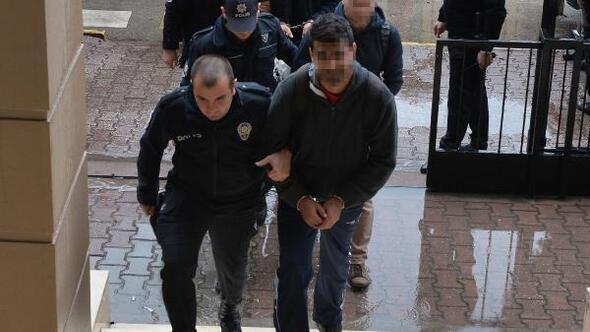 Adanada 32 FETÖ şüphelisi adliyeye sevk edildi