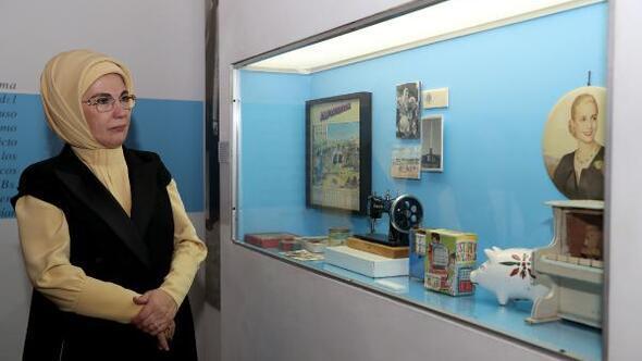 Emine Erdoğan Evita Müzesi'ni ziyaret etti