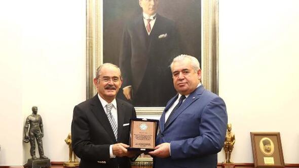 Başkan Büyükerşenden Ali Eldeme teşekkür