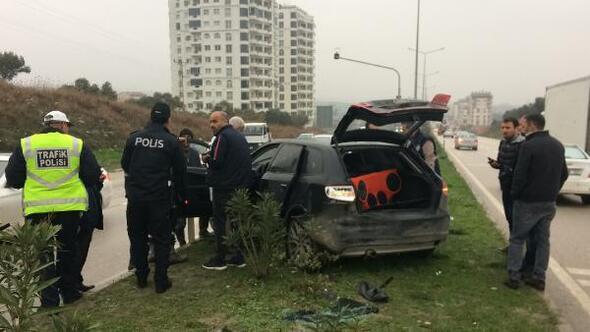 Yolda otomobillerden birbirlerine ateş açtılar: 4 yaralı