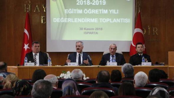 Ispartada eğitim değerlendirme toplantısı yapıldı