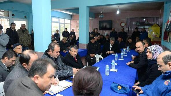 Edirne Valisi Canalp, selden zarar gören köyleri ziyaret etti