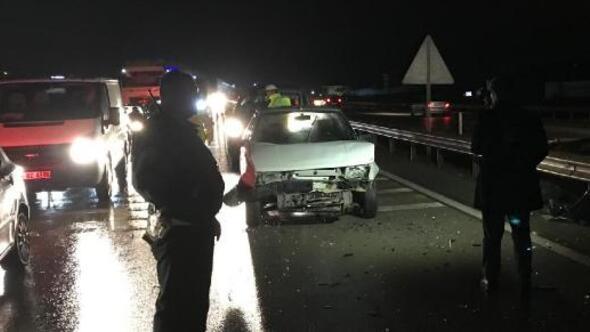 Kırıkkalede 3 otomobil çarpıştı: 5 yaralı