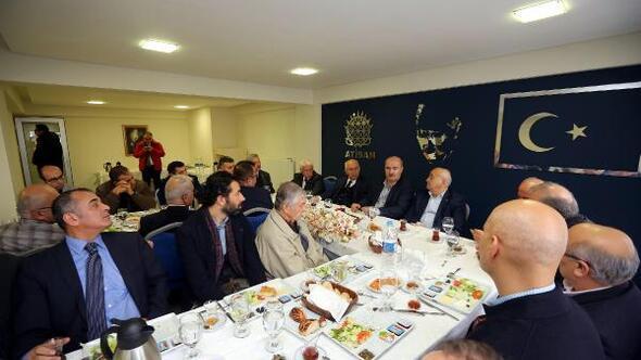 Başkan Yaşar, ATİSAN esnafı ile bir araya geldi