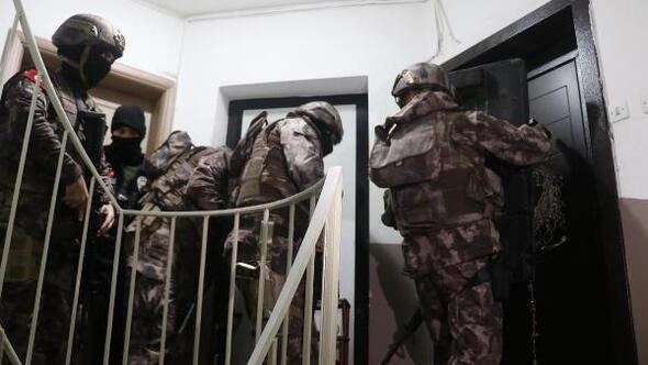 Denizlide uyuşturucu satıcılarına şafak baskını: 4 gözaltı