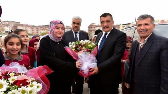Gürkan, İmam Hatip Lisesi öğrencileri buluştu