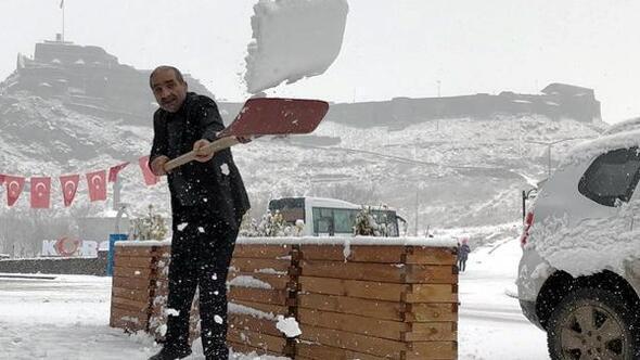 Doğu Anadolu için kuvvetli rüzgar ve kar yağışı uyarısı