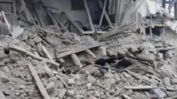 Elazığda deprem hasarı gün ağarınca ortaya çıktı